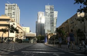 Городские власти Тель-Авива решили вернуть улицы пешеходам